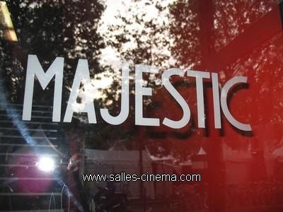 Cinéma Majestic Bastille à Paris, détail du logo.