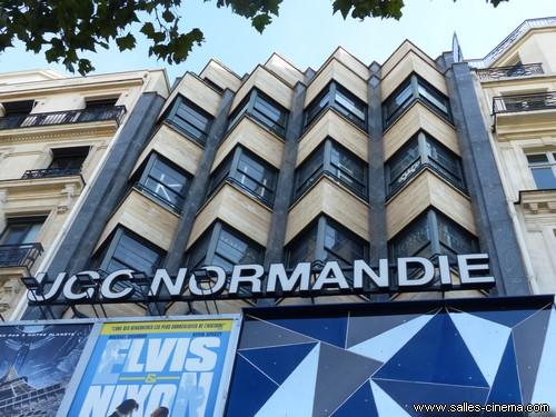 Cinéma UGC Normandie sur les Champs-Elysées.