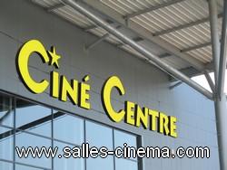 Multiplexe Ciné Centre à Dreux: enseigne du cinéma.