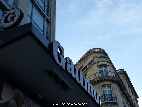 Enseigne du cinéma Gaumont Champs-Elysées Ambassade