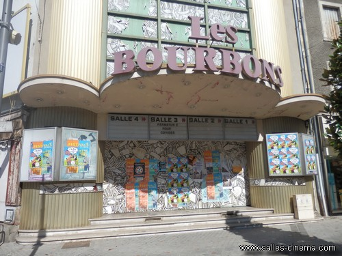 Ancien cin ma les bourbons montlu on salles cinema com for Centre piscine montlucon