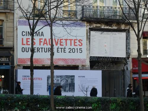 Cinéma Gaumont Gobelins en travaux avec l'enseigne Les Fauvettes