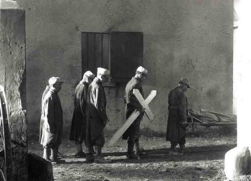 Les Croix de bois, un film de Raymond Bernard