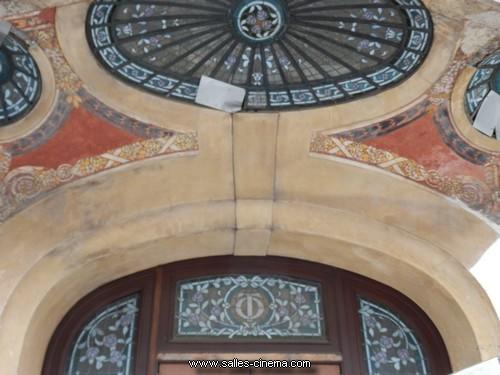 Façade Art Nouveau et Art Déco de l'ancien cinéma Opéra à Reims