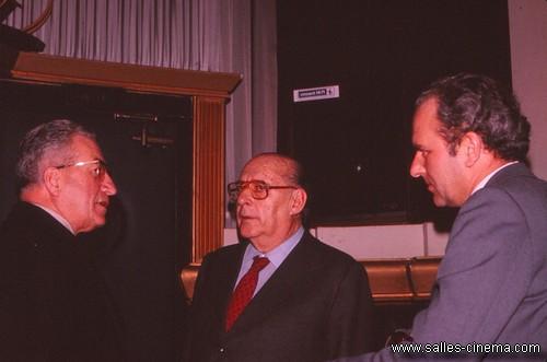 """Roberto Rossellini au Gaumont-Royal, à l'avant-première du film """"Le Messie"""" (1975)"""